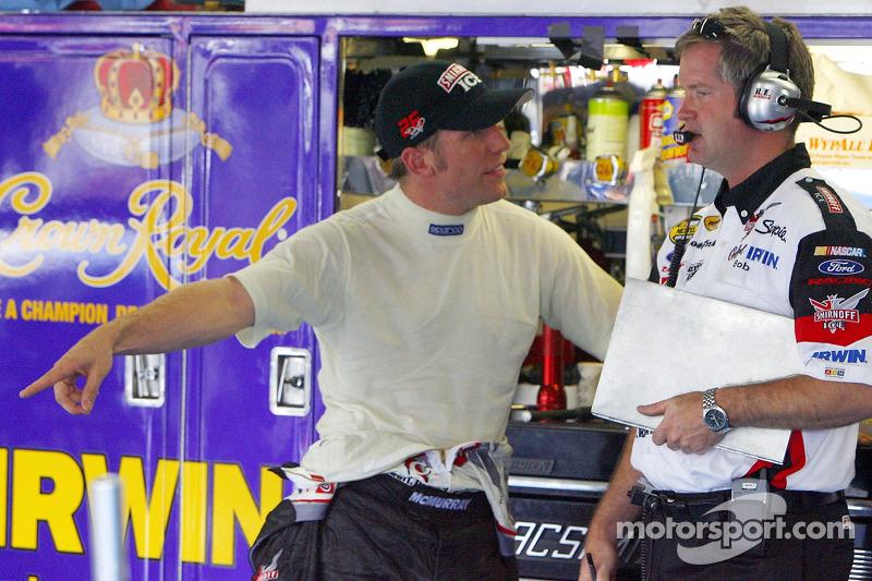 Jamie McMurray et son chef d'équipe Bob Osborne