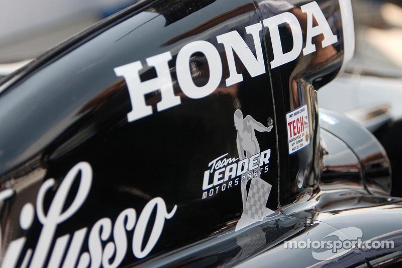La voiture de l'équipe Leader