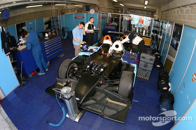 Le stand de Paul Belmondo Racing