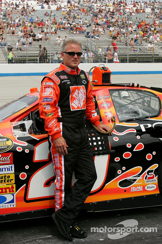 Ricky Rudd poses with the #20 Home Depot Chevy at Dover