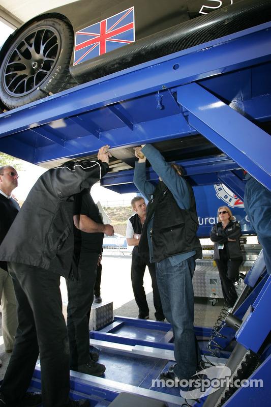 Lister Storm Racing Lister Storm Hybrid à l'inspection