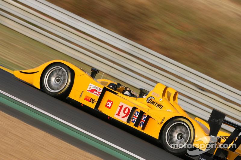 #19 Chamberlain - Synergy Motorsport Lola B06-10 AER: Bob Berridge, Gareth Evans, Peter Owen
