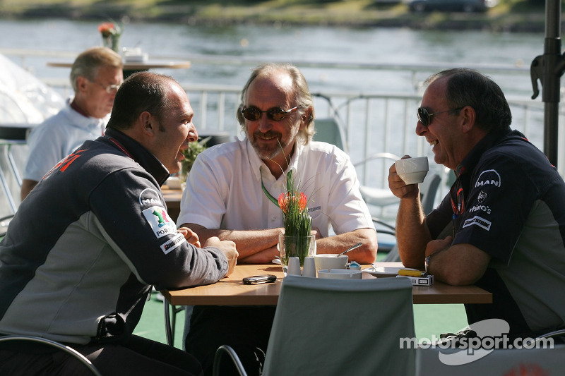 Colin Kolles, Bernard Ferguson et Ian Philips