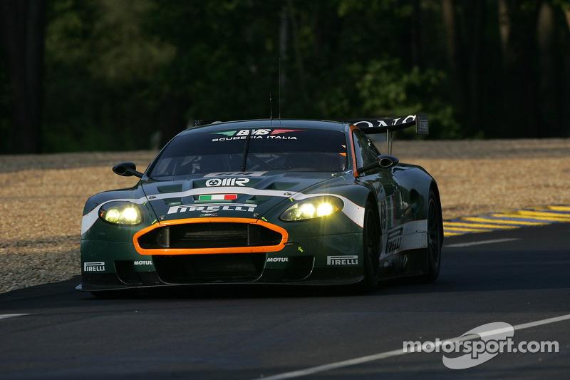 #69 BMS Scuderia Italia Aston Martin DBR9: Fabio Babini, Christian Pescatori, Fabrizio Gollin