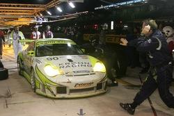 #90 White Lightning Racing pit stop
