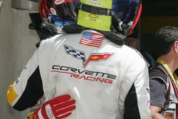 Ron Fellows and Olivier Gavin hug after nearly 24 hours of racing