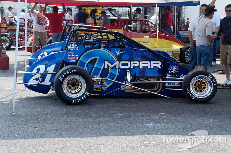 Tony Stewart Racing/Mopar Beasts, conduites par Levi Jones et Josh Wise