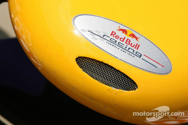 La Red Bull Racing RB2