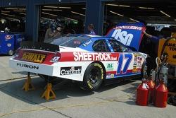 Work on Matt Kenseth's car