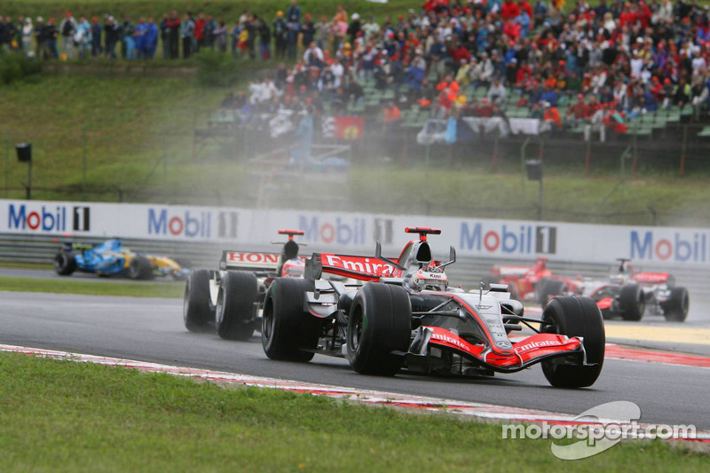Inicio: Kimi Raikkonen lidera a Rubens Barrichello