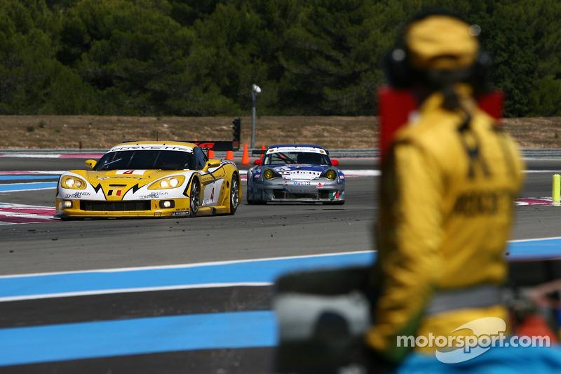 #4 GLPK-Carsport Corvette C6R: Bert Longin, Anthony Kumpen, Mike Hezemans