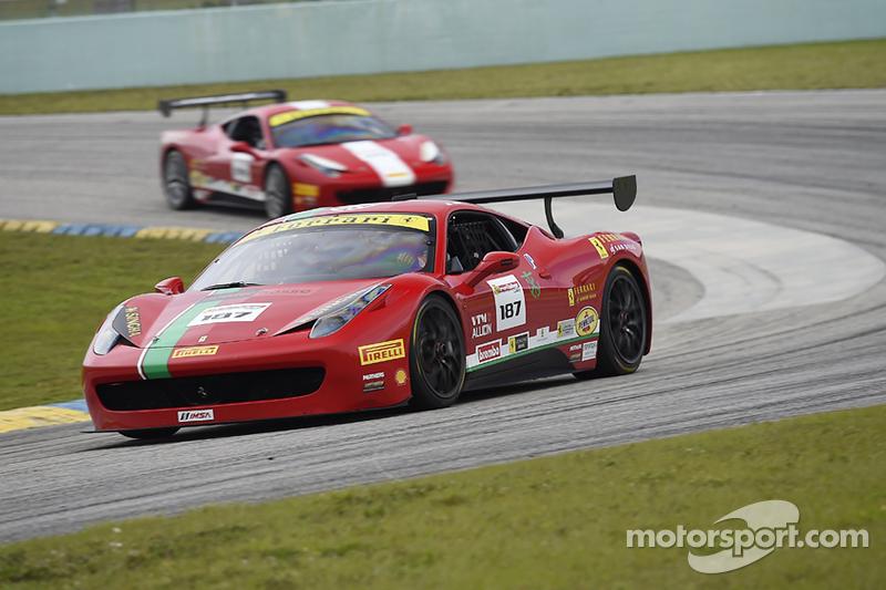 #187 Ferrari of San Diego, Ferrari 458: Rich Baek
