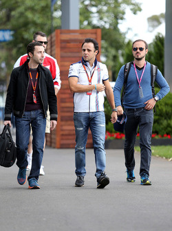 Felipe Massa, Williams F1 Team, und sein Manager Nicolas Todt