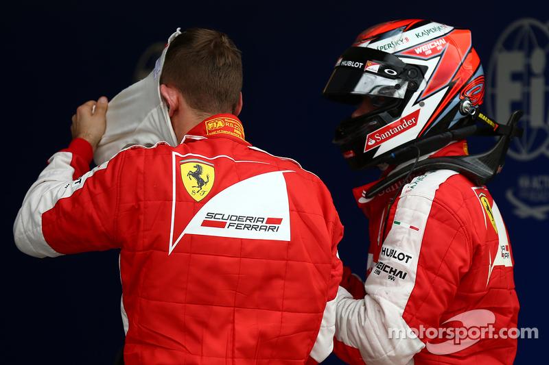 Sebastian Vettel, Ferrari SF15-T, dan Kimi Raikkonen, Ferrari