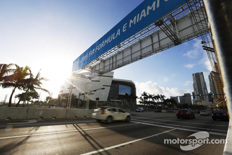Pemandangan dari Miami street circuit