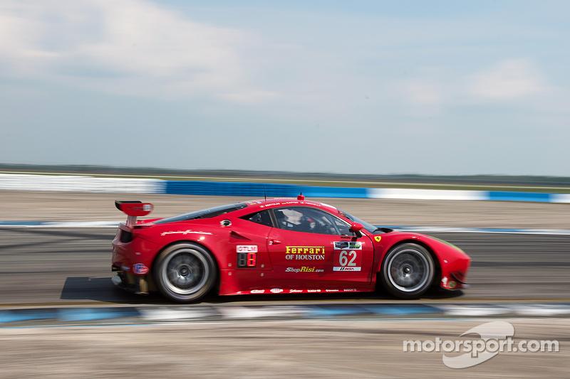 #62 Risi Competizione, Ferrari F458: Pierre Kaffer, Andrea Bertolini, Giancarlo Fisichella