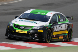 test di marzo a Brands Hatch