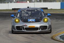 #81 GB Autosport, Porsche 911 GT America: Damien Faulkner, Mike Skeen, Michael Avenatti