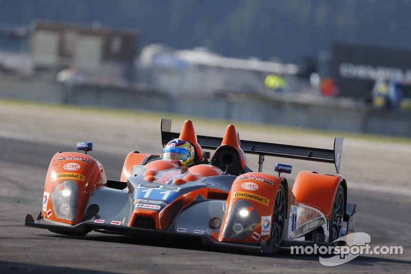 #11 RSR Racing, Oreca FLM09 Chevrolet: Chris Cumming, Bruno Junqueira, Gustavo Menezes