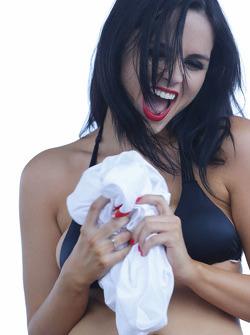 Seorang kontestan cantik di Sebring Bikini Contes yang terkenal