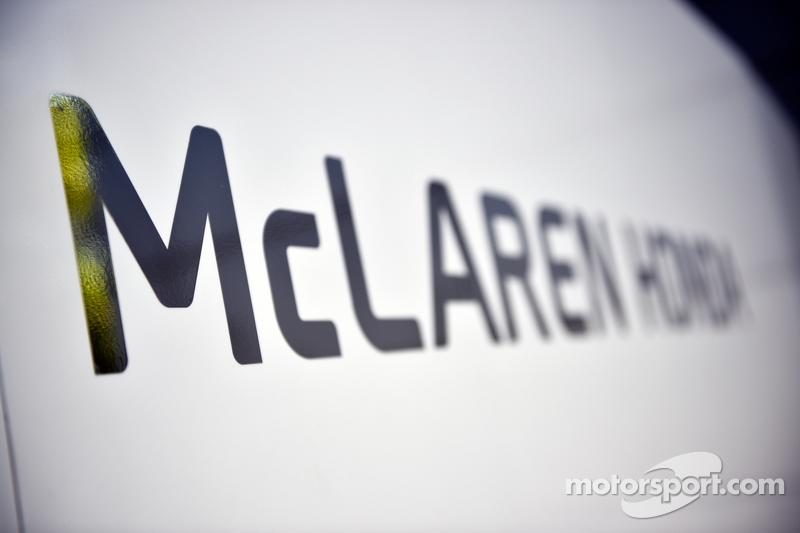 McLaren Honda лого