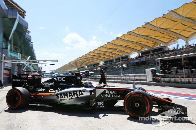Sergio Perez, Sahara Force India F1 VJM08, beim Verlassen der Box