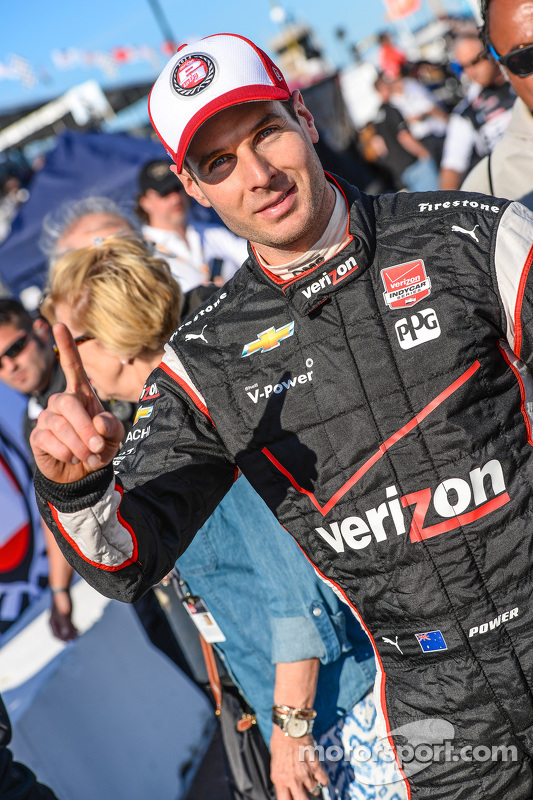 Polesitter Will Power, Team Penske Chevrolet celebrates