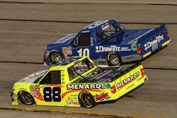 Tyler Reddick, Brad Keselowski Racing, Ford, und Matt Crafton, ThorSport Racing, Toyota