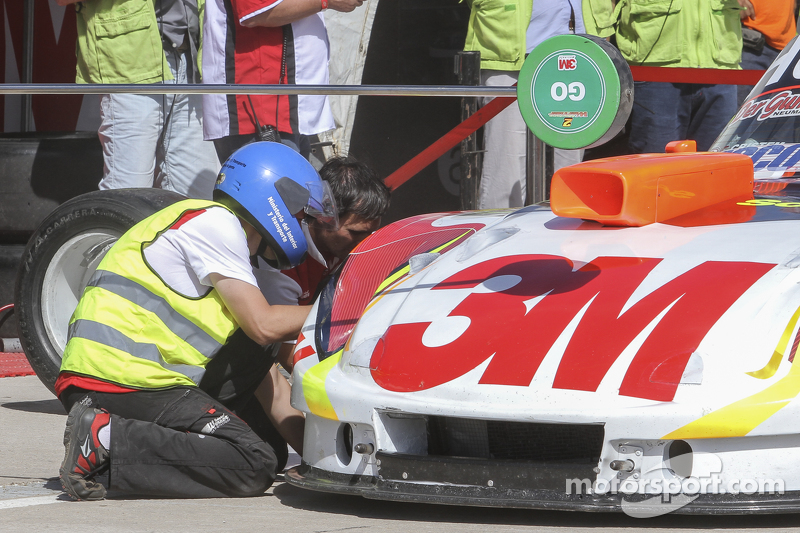 Mariano Werner, Werner Competicion Ford Tyre change testing