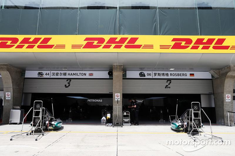 Mercedes AMG F1 pitleri
