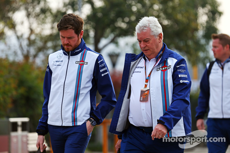 Rob Smedley, Williams Head of Vehicle Performance with Pat Symonds, Williams Chief Technical Officer