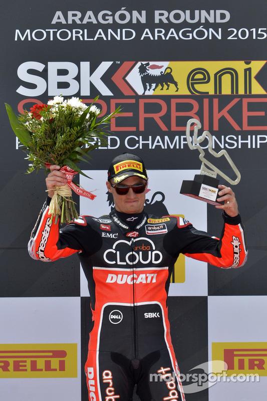 1. Chaz Davies, Ducati Team, auf dem Podium