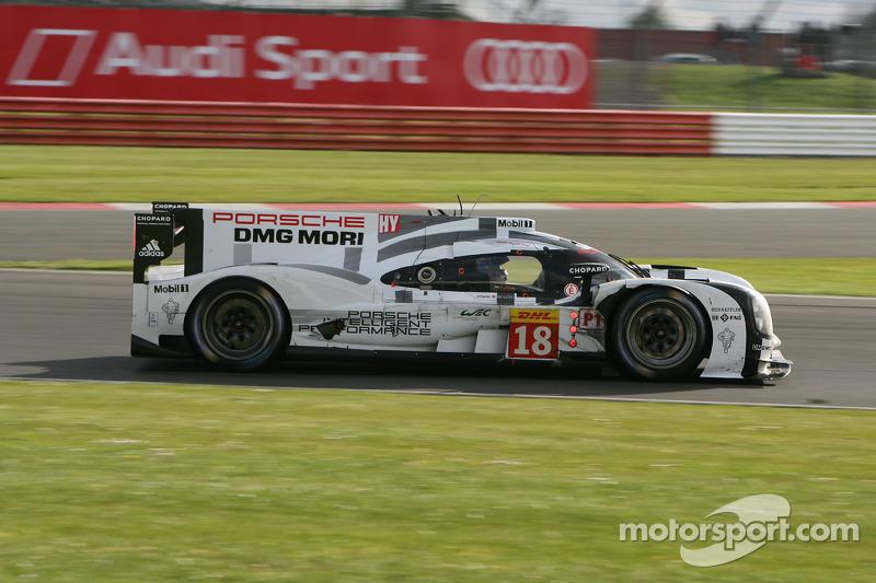 #18 Porsche Team, Porsche 919 Hybrid: Romain Dumas, Neel Jani, Marc Lieb