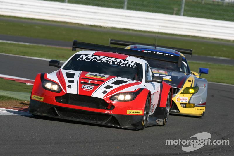 #68 Massive Motorsport,阿斯顿·马丁Vantage GT3: Casper Elgaard, Kristian Poulsen, Simon Moller