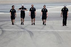 Ayao Komatsu, Lotus F1 Team  and Alan Permane, Lotus F1 Team Trackside Operations