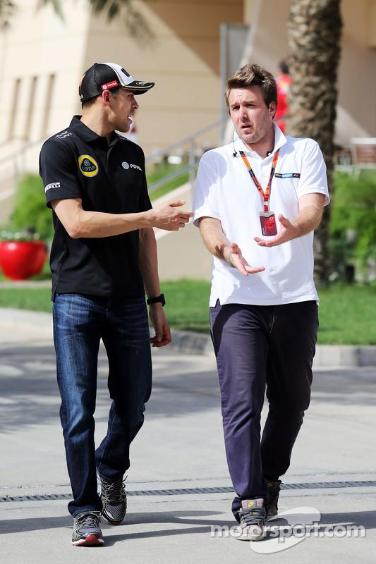 (从左到右)帕斯托·马尔多纳多,路特斯F1车队,和大卫·瓦尔赛奇