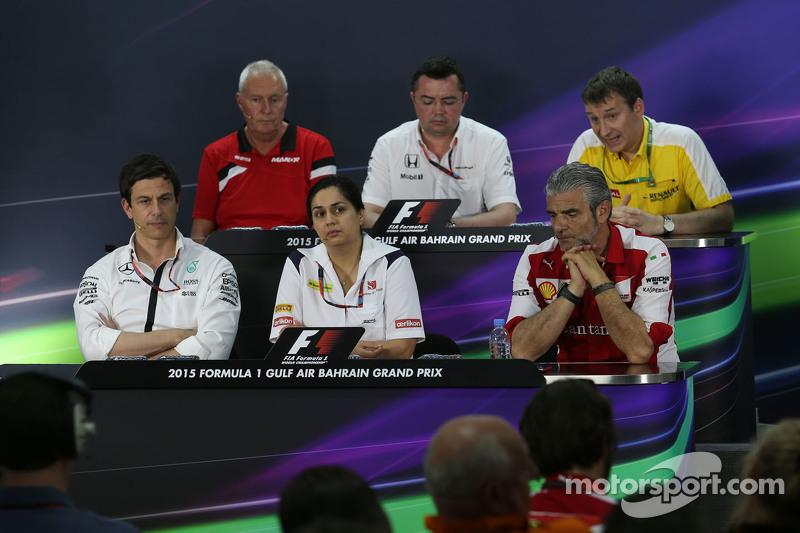 Die FIA-Pressekonferenz: John Booth, Manor F1 Team, Teamchef; Eric Boullier, McLaren-Rennleiter; Rob