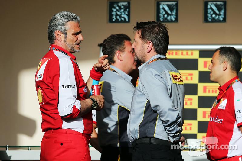 Maurizio Arrivabene, Ferrari Team Principal bersama Paul Hembery, Pirelli Motorsport Director