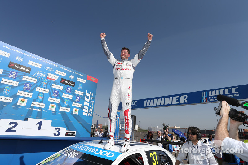 Race winner Jose Maria Lopez, Citroën C-Elysée WTCC, Citroën World Touring Car Team WTCC