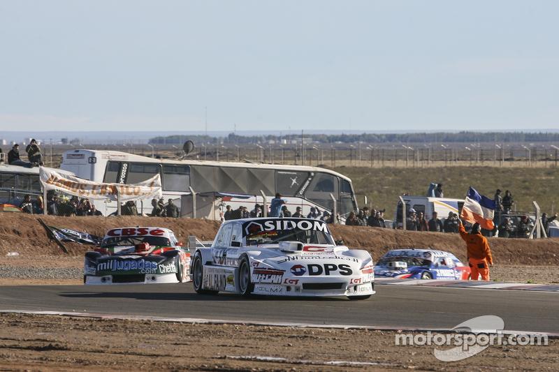 Leonel Sotro, Alifraco Sport, Ford; Carlos Okulovich, Maquin Parts Racing, Torino, und Matias Rodrig