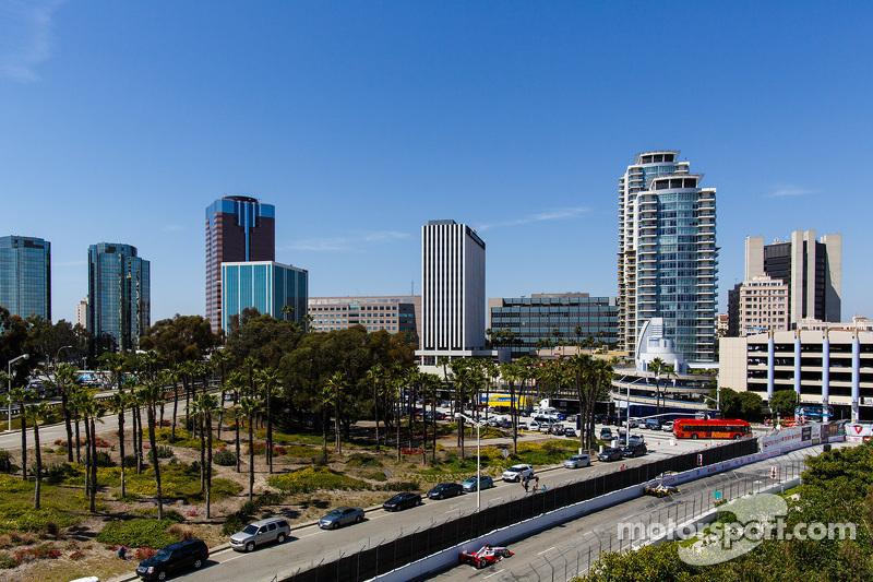 Long Beach atmosphere