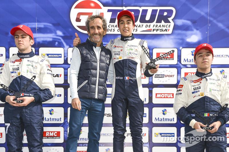 Alain Prost dan pemenang balapan Giuliani Alesi