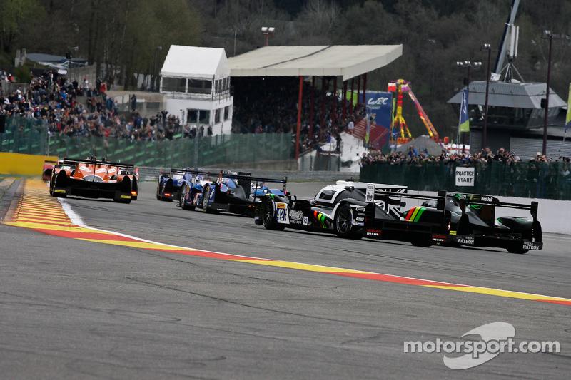 Start: #17 Porsche Team, Porsche 919 Hybrid: Timo Bernhard, Mark Webber, Brendon Hartley, in Führung