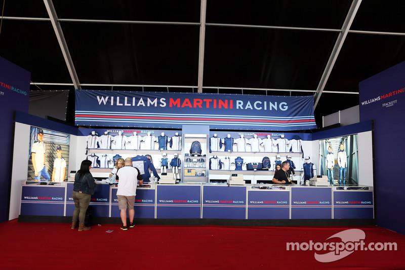 Williams, Fanartikel-Stand