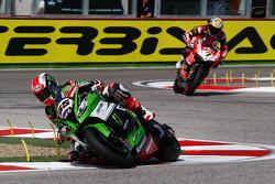 Jonathan Rea, Kawasaki, und Chaz Davies, Ducati Team
