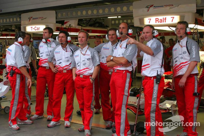 Miembros del equipo Toyota F1
