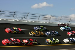 Dale Earnhardt Jr., Casey Mears and Jeff Gordon battle