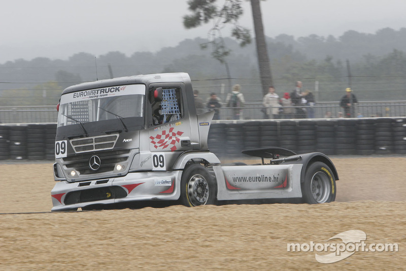 Euroline Truck Racing Team Mercedes Benz n°9 : Niko Pulic