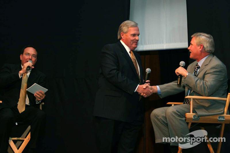 Rick Hendrick félicite Terry Labonte