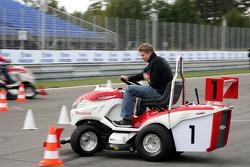 Journée des RP, Mountfield Cup on Tractors : Nico Hülkenberg